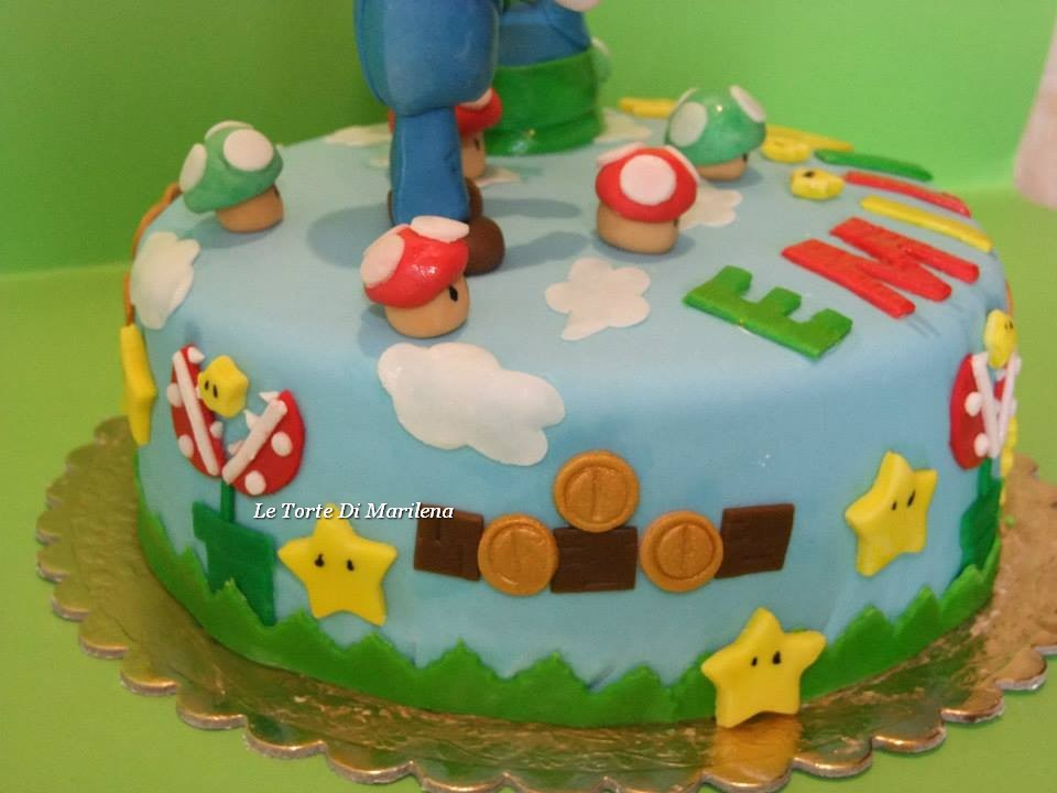 torta super mario e luigi le torte di marilena. Black Bedroom Furniture Sets. Home Design Ideas