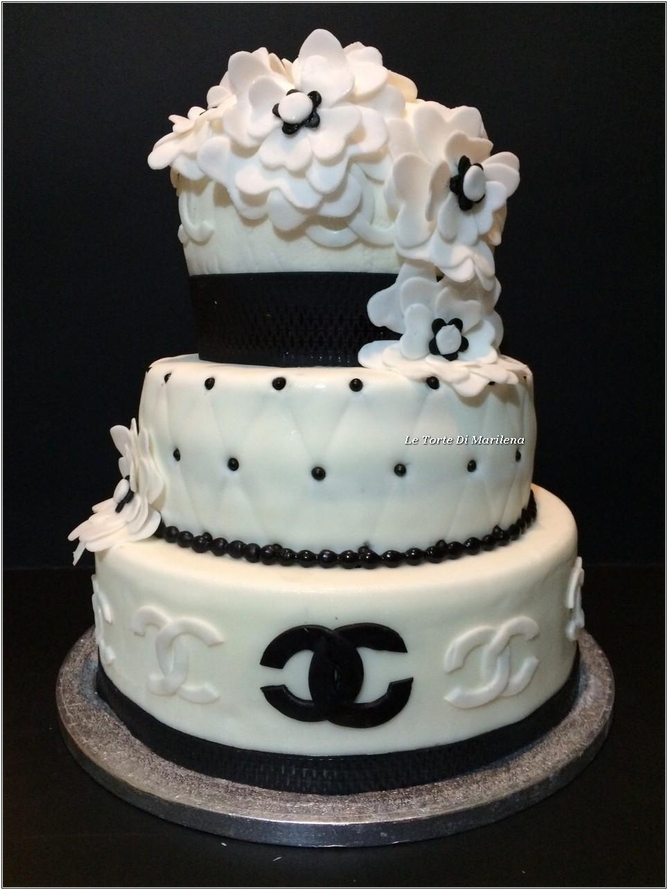 Torta chanel le torte di marilena for Decorazioni torte per 60 anni di matrimonio