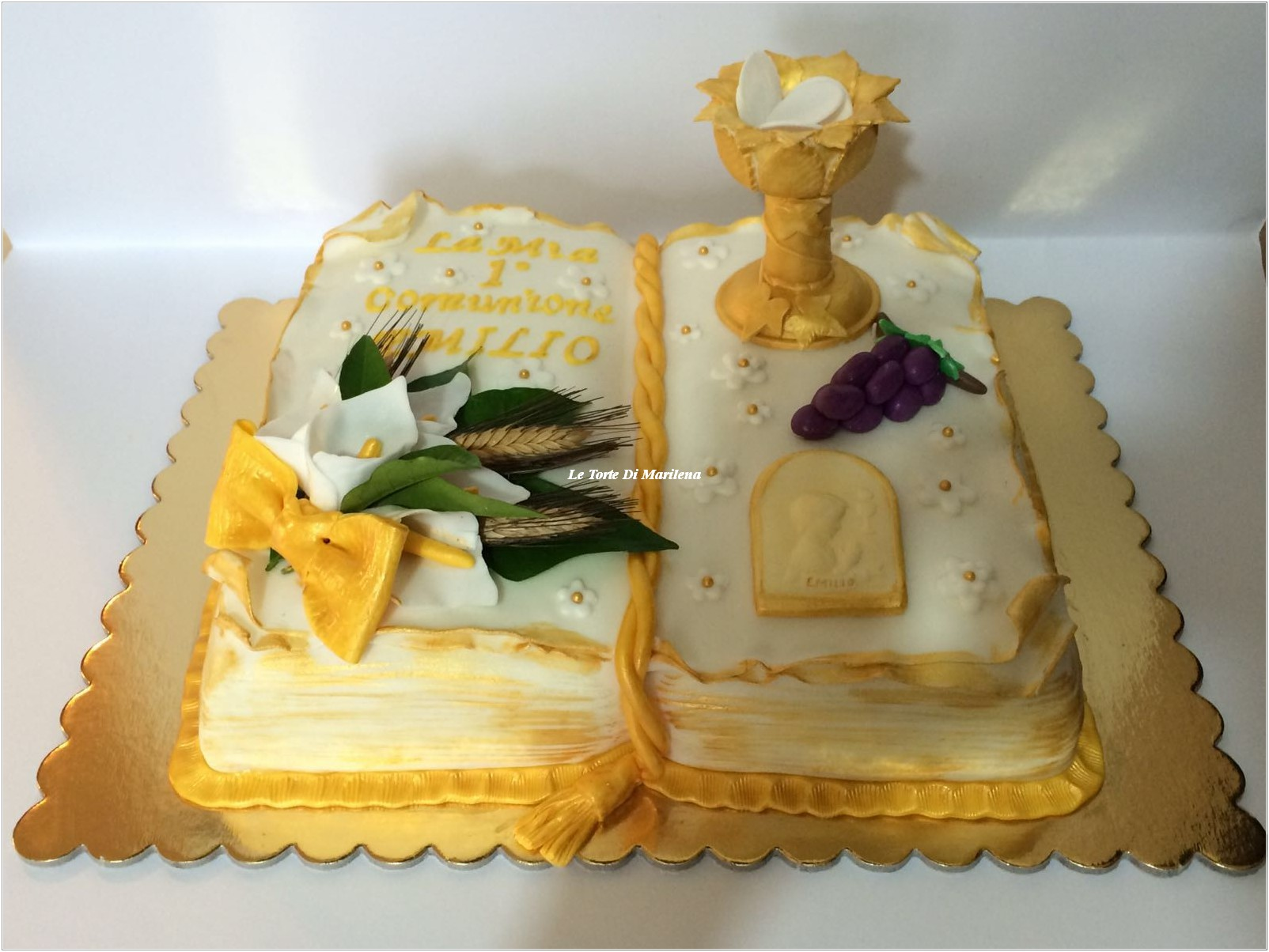 Cool torte per prima comunione bambina ba98 pineglen for Decorazione torte prima comunione